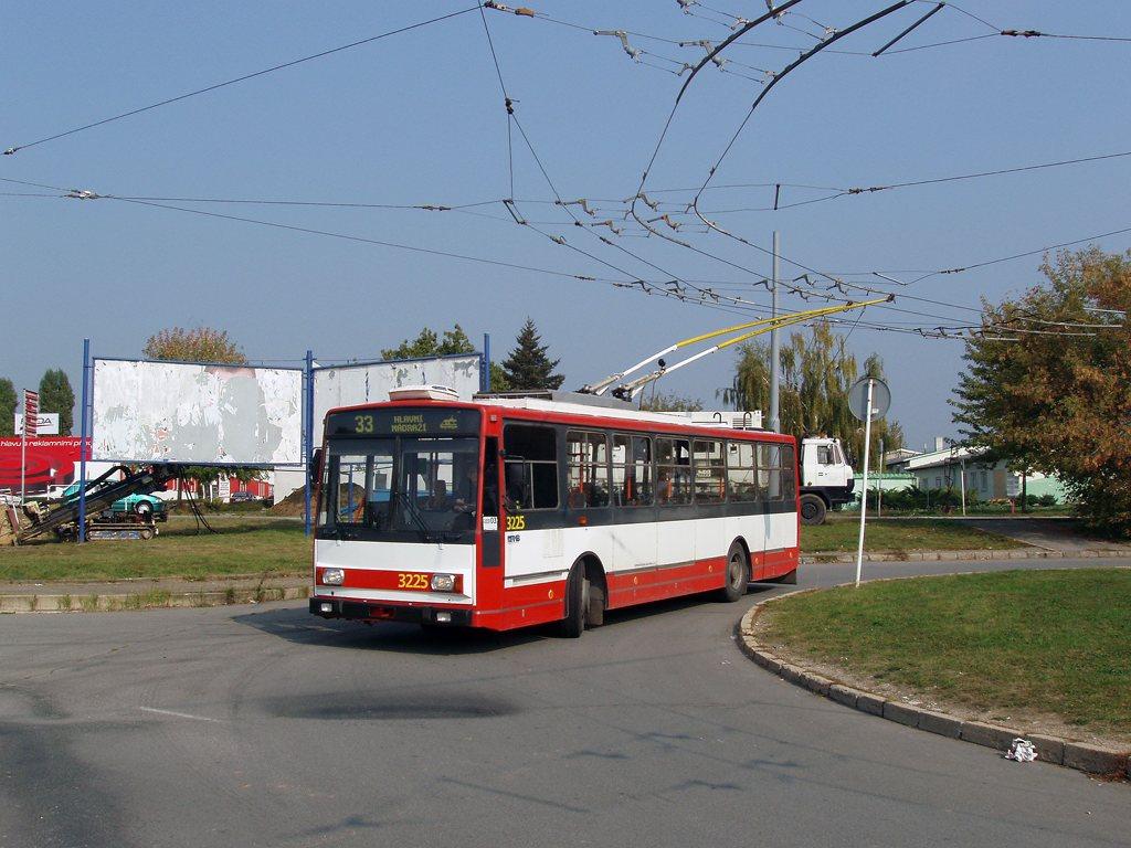 Fotogalerie » Škoda 14TrR 3225 | Brno | Slatina | Mikulčická | Slatina, sídliště