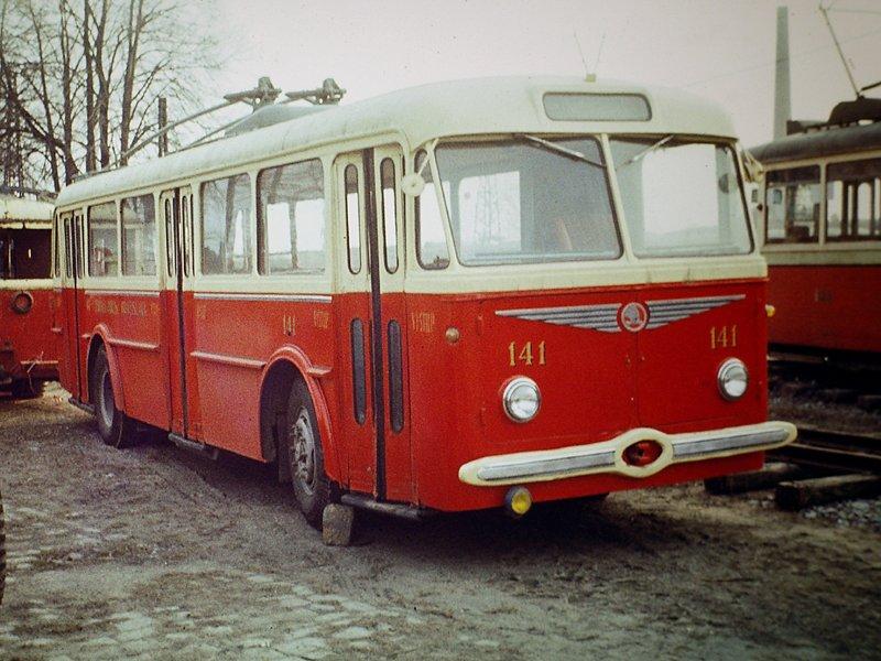 Fotogalerie » Škoda 8Tr 141 | Brno | TMB Líšeň
