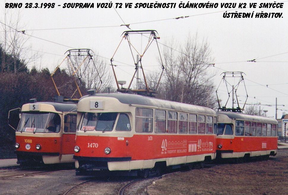 Fotogalerie » Tatra T2R 1470 | Tatra T2R 1462 | ČKD Tatra K2 1088 | Brno | Štýřice | Ústřední hřbitov