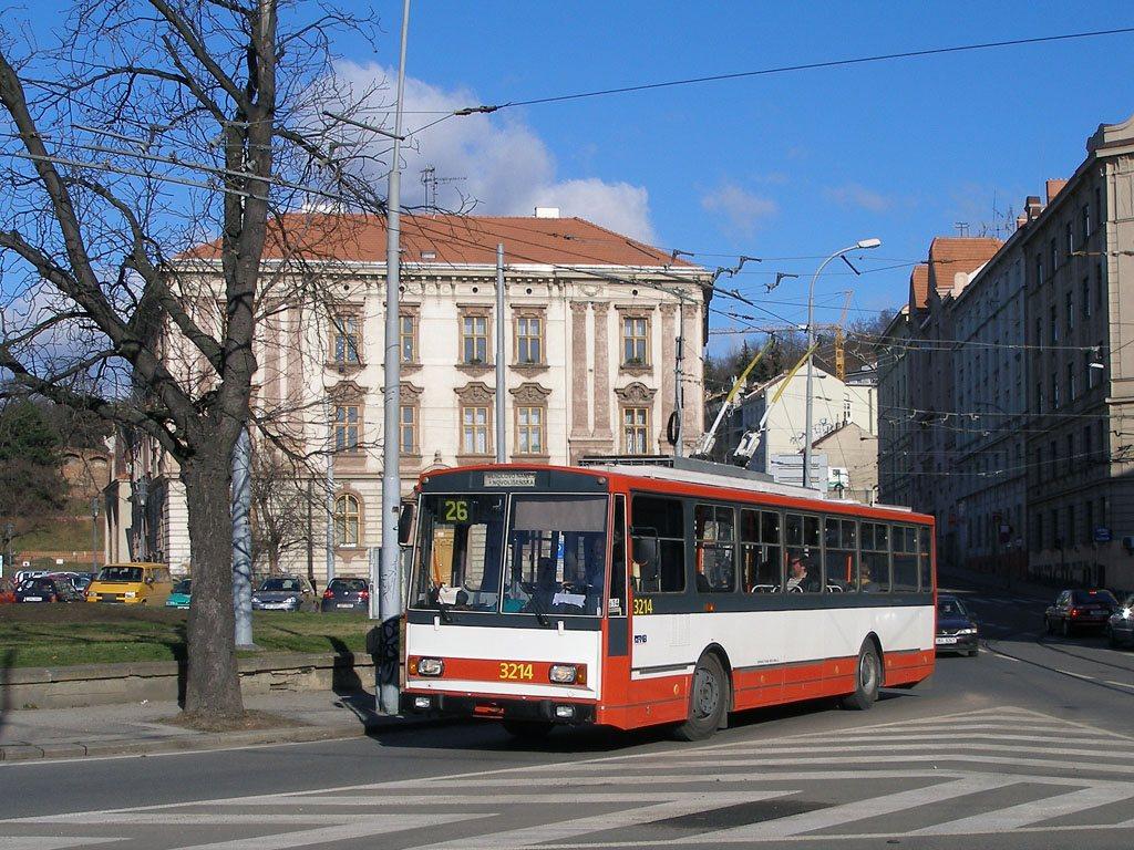 Fotogalerie » Škoda 14Tr08/6 3214 | Brno | Staré Brno | Mendlovo náměstí