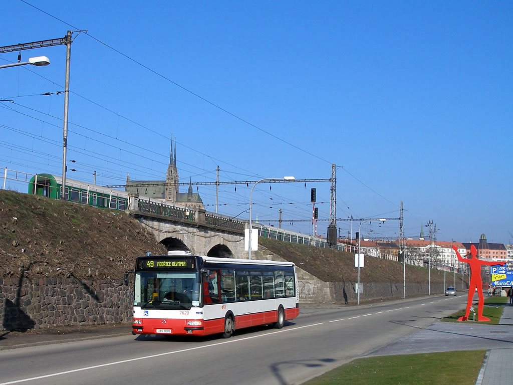 Fotogalerie » Irisbus Citybus 12M 2071.40 7620 | Brno | Trnitá | Uhelná