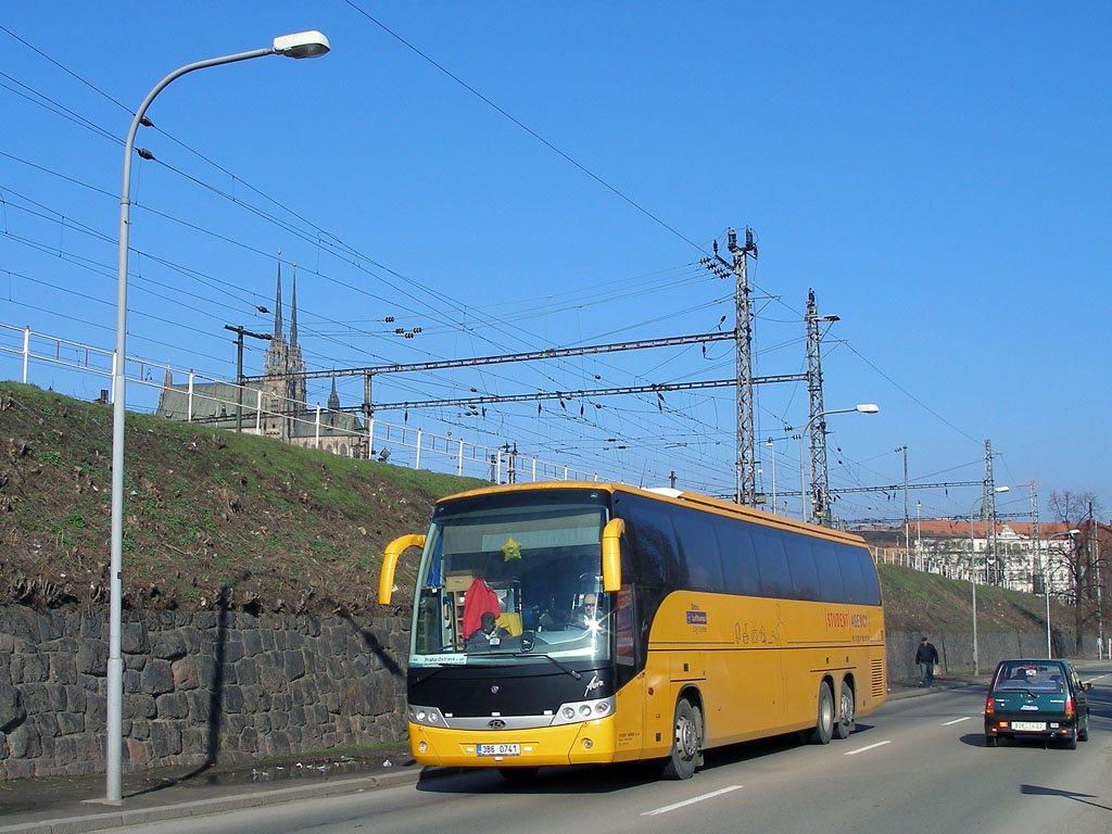 Fotogalerie » Scania Beulas Scania Beulas Aura 3B6 0741 | Brno | Trnitá | Uhelná