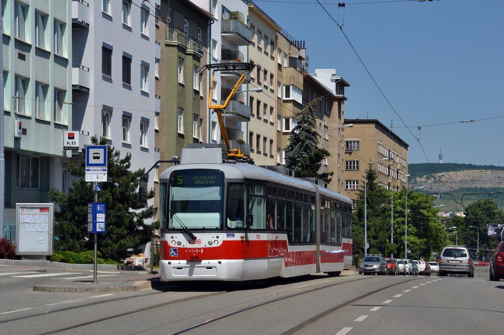 Fotogalerie » Pragoimex VarioLF2R.E 1098 | Brno | Černá Pole | Merhautova | Dětská nemocnice