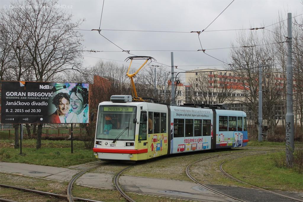 Fotogalerie » Škoda 03T7 1821   Brno   Komín   Kníničská