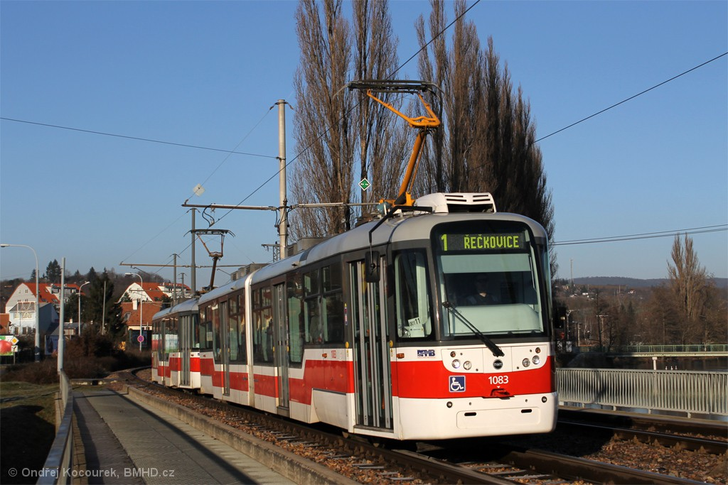 Fotogalerie » Pragoimex VarioLF2R.E 1083 | Pragoimex VarioLFR.E 1601 | Brno | Bystrc | Kníničská