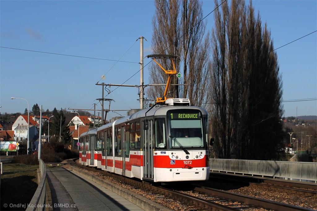 Fotogalerie » Pragoimex VarioLF2R.E 1072 | Pragoimex VarioLFR.E 1574 | Brno | Bystrc | Kníničská
