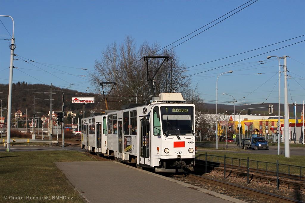Fotogalerie » ČKD DS T6A5 1217 | ČKD DS T6A5 1218 | Brno | Komín | Kníničská | Kamenolom