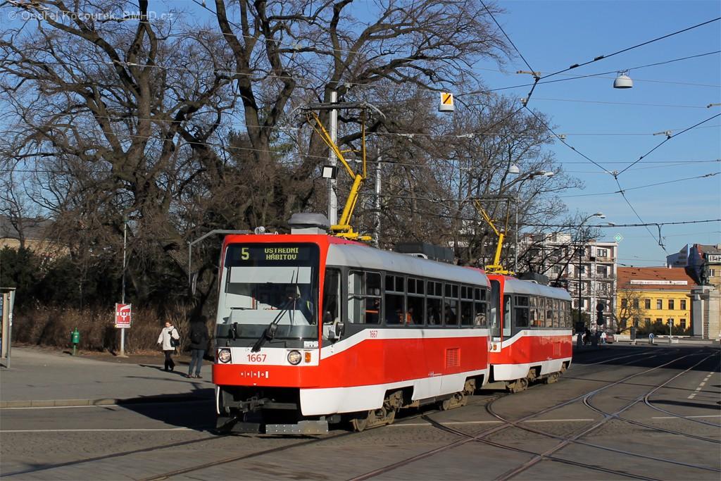 Fotogalerie » ČKD DS T3R 1667 | ČKD DS T3R 1668 | Brno | střed | Moravské náměstí