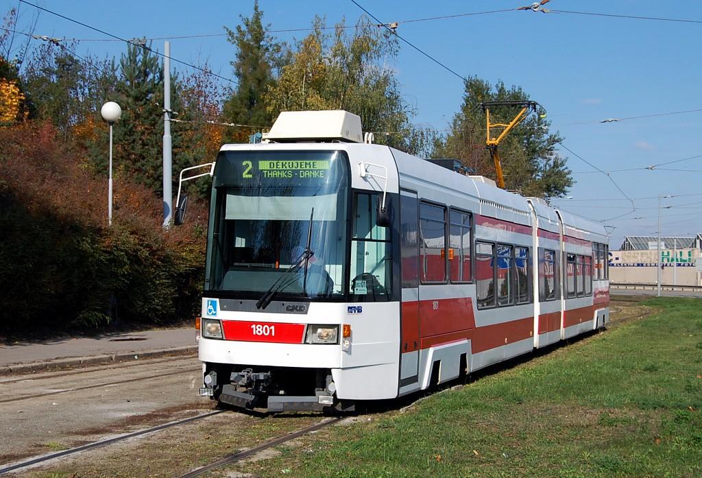 Fotogalerie » ČKD DS RT6N1 1801 | Brno | Horní Heršpice | Ústřední hřbitov, smyčka
