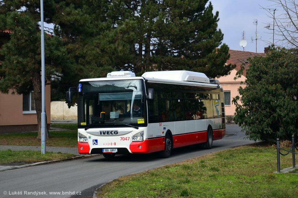 Fotogalerie » Iveco Urbanway 12M CNG 1BB 6891 7047 | Brno | Přízřenice | Staré náměstí