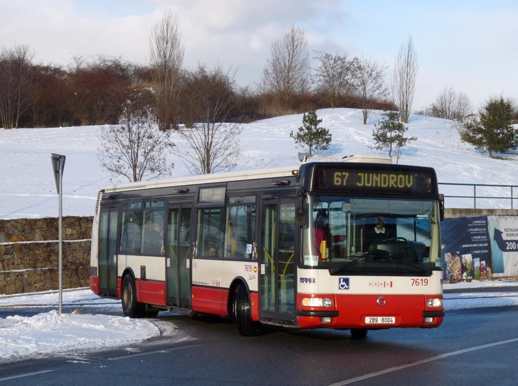 Fotogalerie » Irisbus Citybus 12M 2071.40 2B9 8004 7619   Brno   Královo Pole   Cimburkova