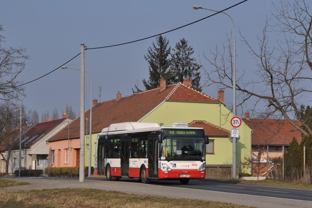 Fotogalerie » Irisbus Citelis 12M CNG 9B7 9160 7010 | Brno | Dolní Heršpice | Havránkova