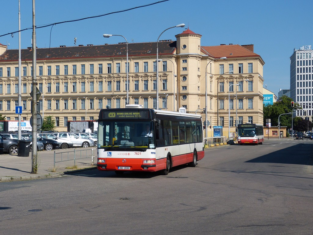 Fotogalerie » Irisbus Citybus 12M 2071.40 3B2 8590 7621 | Brno | Střed | Trnitá