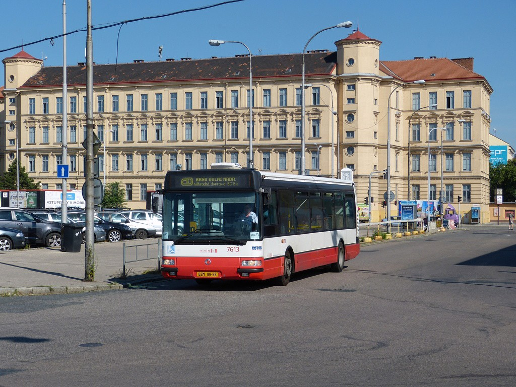 Fotogalerie » Irisbus Citybus 12M 2071.30 BZM 86-66 7613 | Brno | Střed | Trnitá