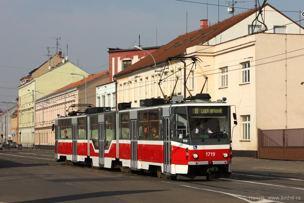 Fotogalerie » ČKD Tatra KT8D5R.N2 1719 | Brno | Černovice | Olomoucká