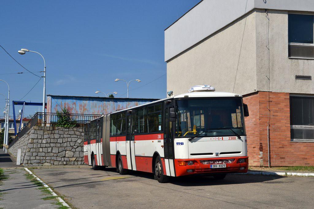 Fotogalerie » Karosa B961E.1970 3B9 8321 2388 | Brno | vozovna Medlánky