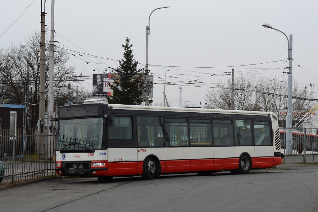 Fotogalerie » Irisbus Citybus 12M 2071.20 BZM 72-31 7601 | Brno | Slatina | Hviezdoslavova | Vozovna Slatina