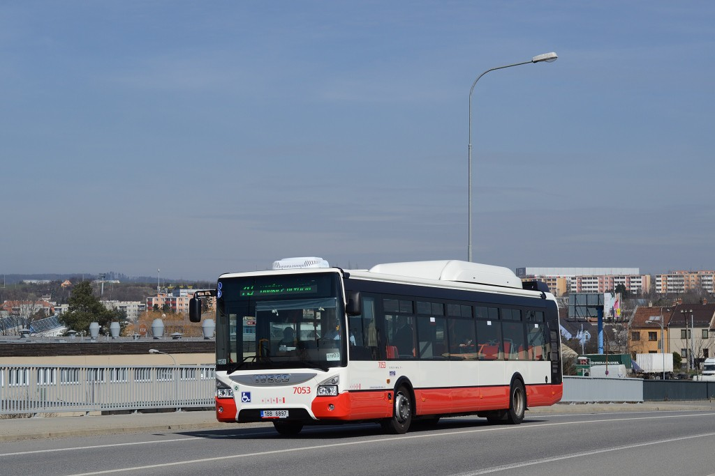 Fotogalerie » Iveco Urbanway 12M CNG 1BB 6897 7053   Brno   Slatina   Tuřanka