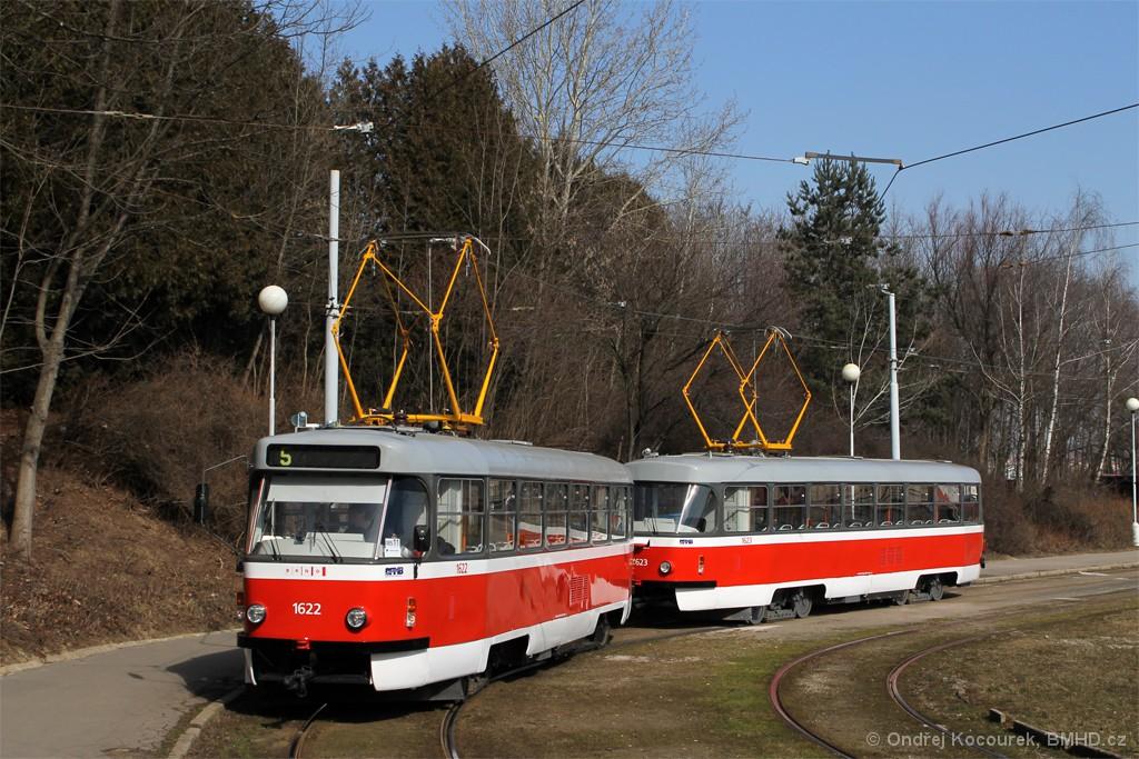 Fotogalerie » ČKD Tatra T3P 1622 | ČKD Tatra T3P 1623 | Brno | Horní Heršpice | Ústřední hřbitov, smyčka
