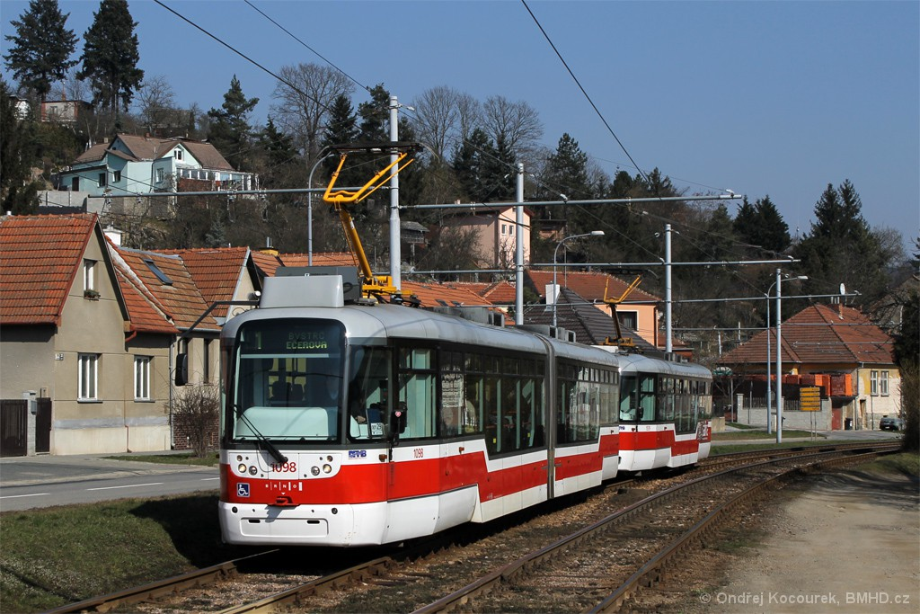Fotogalerie » Pragoimex VarioLF2R.E 1098 | Pragoimex VarioLFR.E 1539 | Brno | Komín | Kníničská