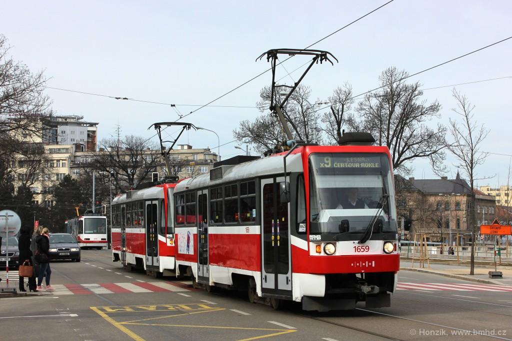 Fotogalerie » ČKD DS T3R 1659 | ČKD DS T3R 1660 | Brno | střed | Rooseveltova | Janáčkovo divadlo