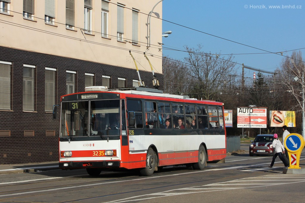 Fotogalerie » Škoda 14Tr10/6 3235 | Brno | Černovice | Olomoucká