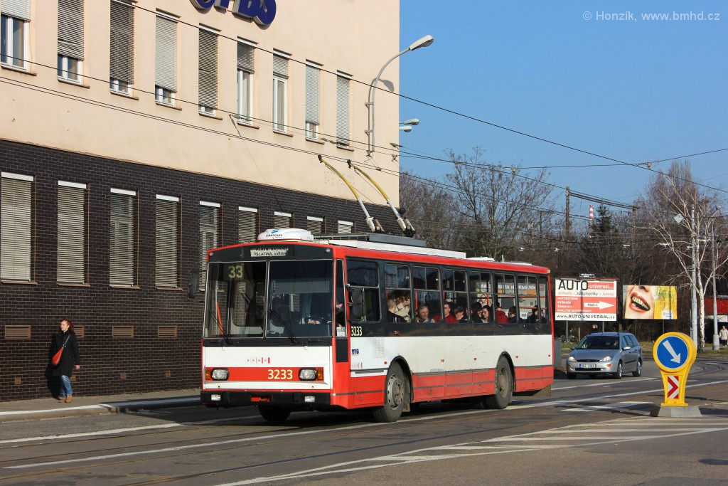 Fotogalerie » Škoda 14Tr10/6 3233   Brno   Černovice   Olomoucká