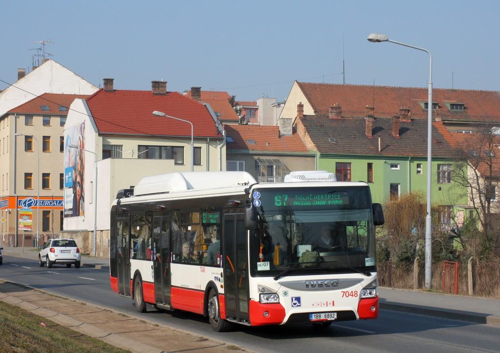 Fotogalerie » Iveco Urbanway 12M CNG 1BB 6892 7048 | Brno | Královo Pole | Reissigova