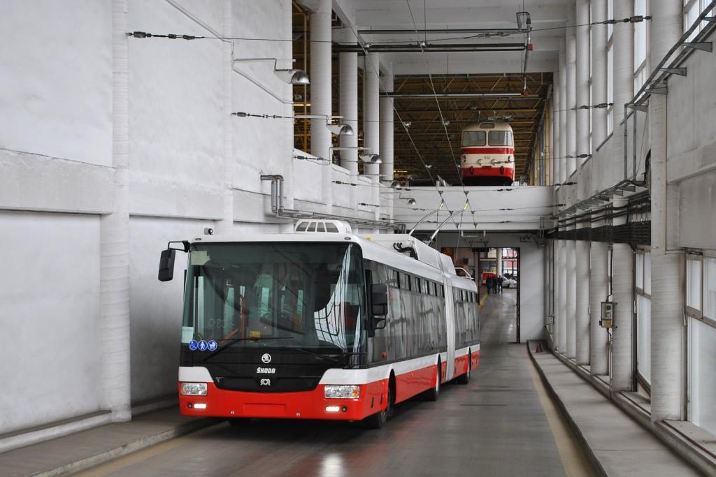 Fotogalerie » Škoda 31Tr 3618   Brno   Komín   vozovna Komín