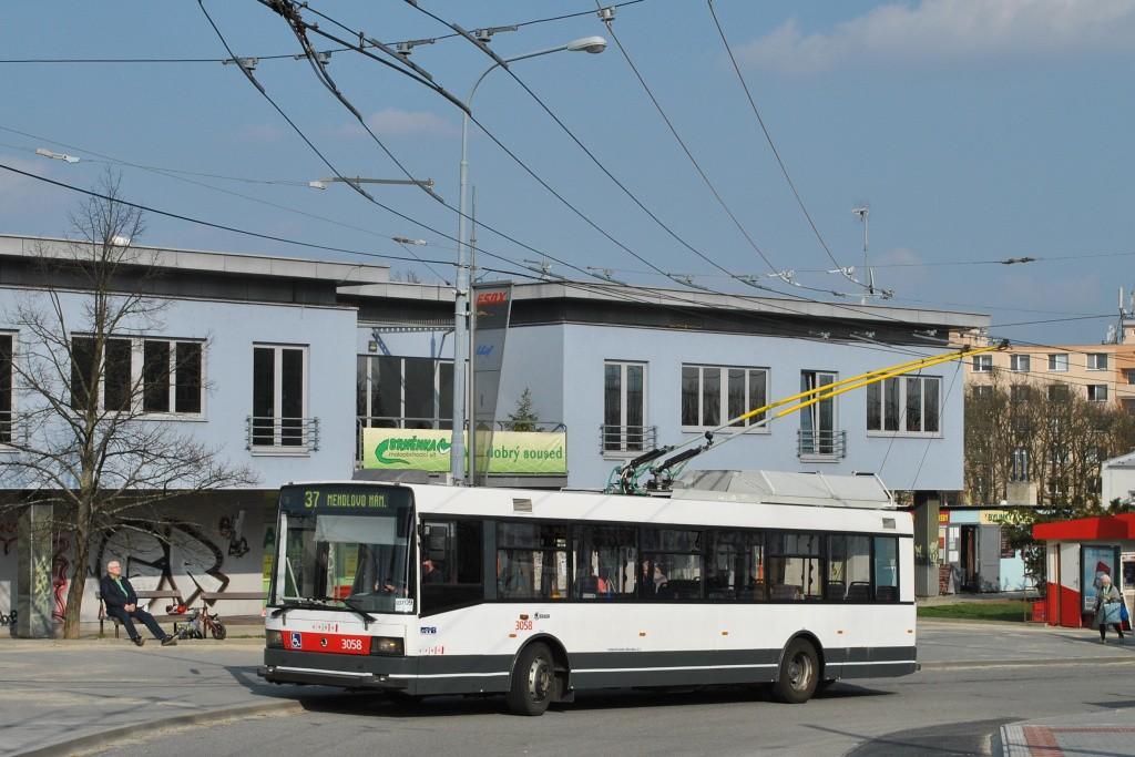 Fotogalerie » Škoda 21TrAC 3058 | Brno | Kohoutovice | Libušina třída | Jírovcova