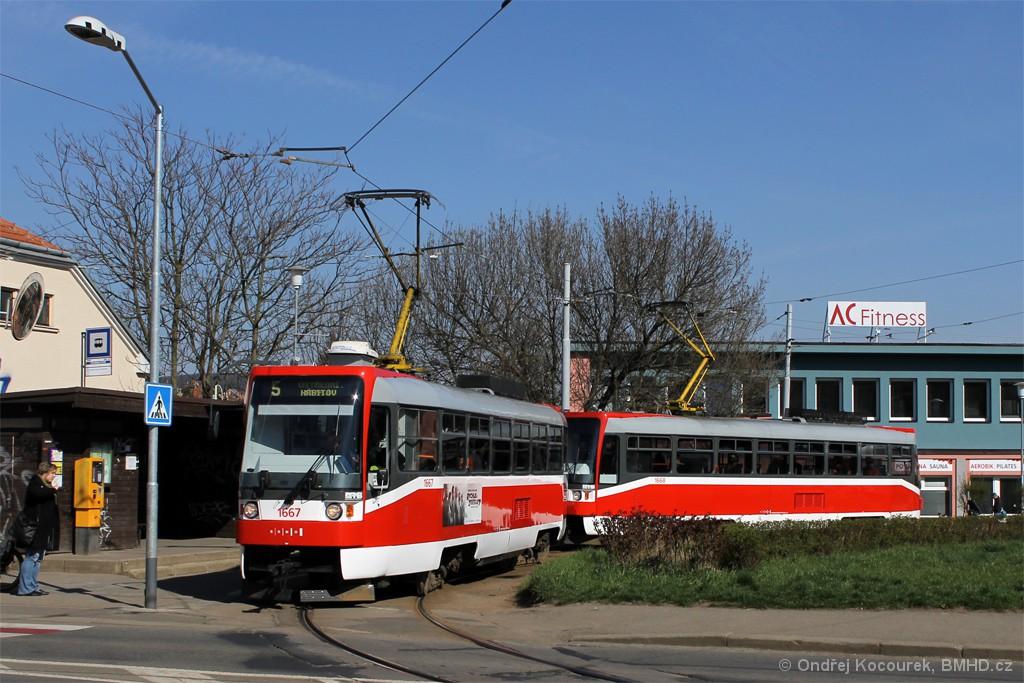 Fotogalerie » ČKD DS T3R 1667 | ČKD DS T3R 1668 | Brno | Štefánikova Čtvrť | Merhautova | Štefánikova čtvrť