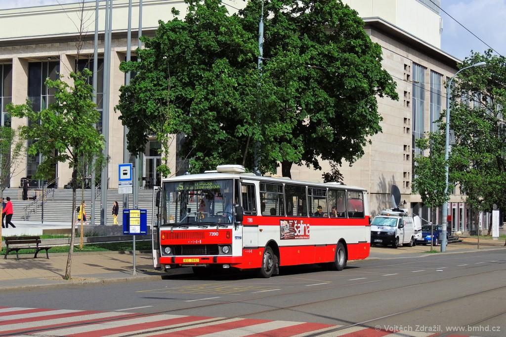 Fotogalerie » Karosa B732.1654.3 BSC 39-62 7390 | Brno | střed | Rooseveltova | Janáčkovo divadlo