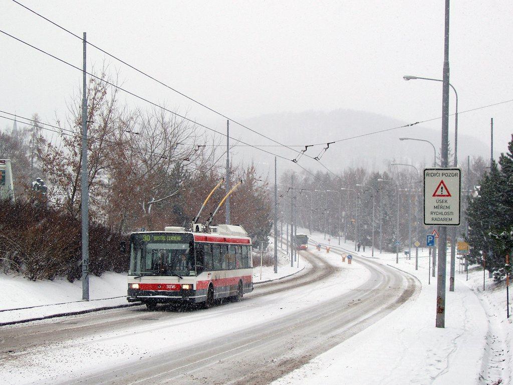 Fotogalerie » Škoda 21Tr 3015 | Brno | Bystrc | Odbojářská