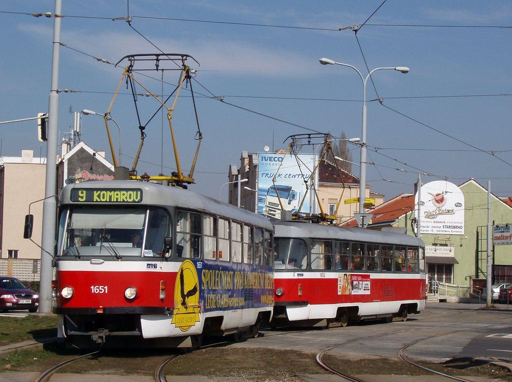 Fotogalerie » ČKD Tatra T3G 1651 | ČKD Tatra T3G 1652 | Brno | Komárov | Svatopetrská