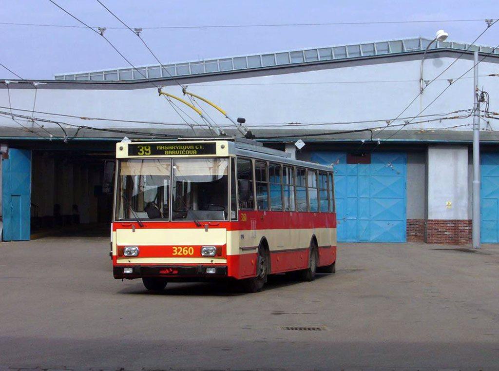 Fotogalerie » Škoda 14Tr14 3260 | Brno | Vozovna Husovice