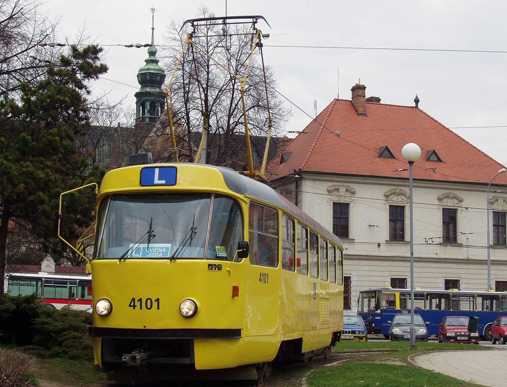 Fotogalerie » ČKD Tatra T3 školní 4101 | Brno | Staré Brno | Mendlovo náměstí | Mendlovo náměstí, smyčka