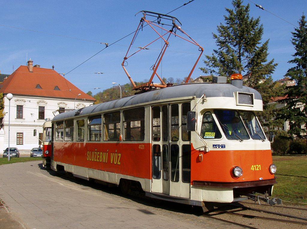 Fotogalerie » Tatra T2 služební 4121 | Brno | Staré Brno | Mendlovo náměstí | Mendlovo náměstí, smyčka