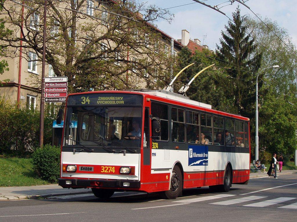 Fotogalerie » Škoda 14Tr17/6M 3274 | Brno | Žabovřesky | Zborovská | Jindřichova