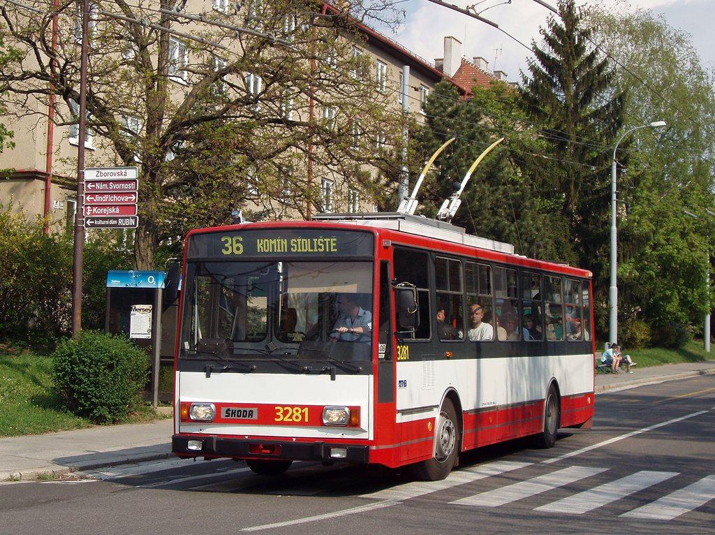 Fotogalerie » Škoda 14Tr17/6M 3281 | Brno | Žabovřesky | Zborovská | Jindřichova