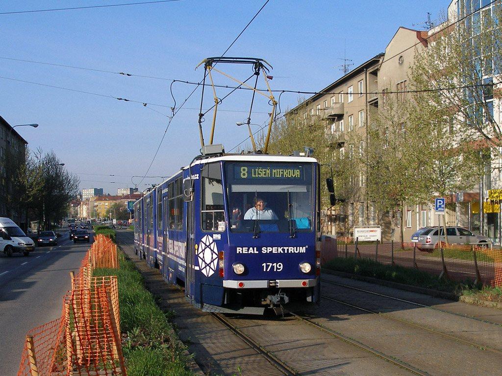 Fotogalerie » ČKD Tatra KT8D5 1719 | Brno | střed | Nové sady
