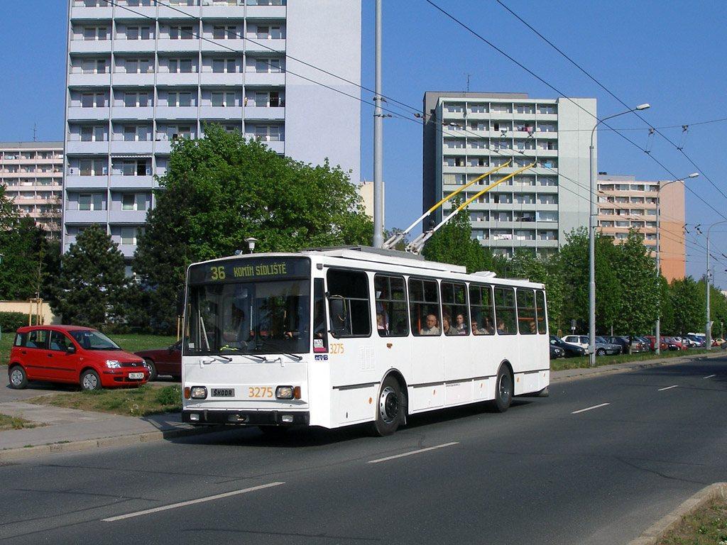 Fotogalerie » Škoda 14Tr17/6M 3275   Brno   Žabovřesky   náměstí Svornosti