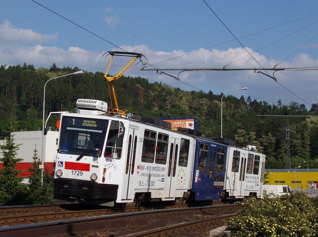 Fotogalerie » ČKD Tatra KT8D5N 1729 | Brno | Komín | Kníničská