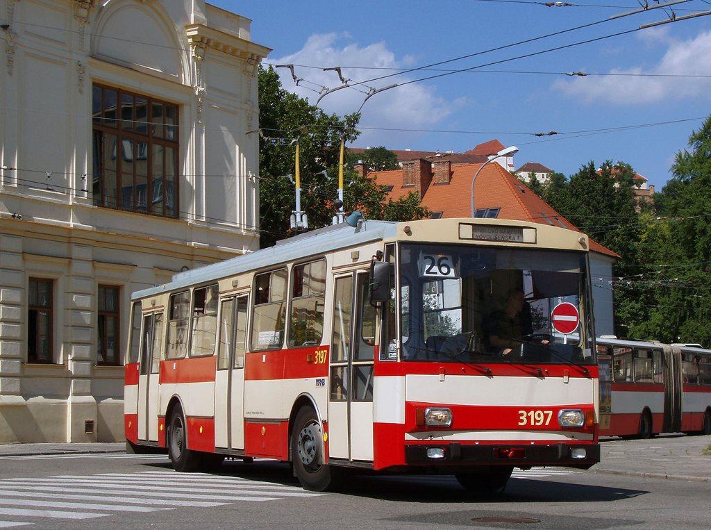 Fotogalerie » Škoda 14Tr07 3197 | Brno | Staré Brno | Mendlovo náměstí | Mendlovo náměstí