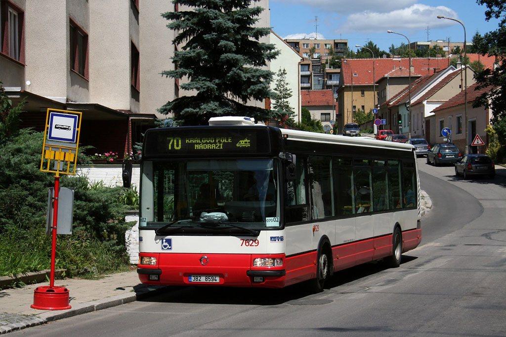Fotogalerie » Irisbus Citybus 12M 2071.40 7629 | Brno | Řečkovice | Marie Hübnerové