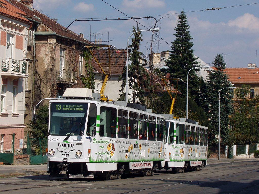 Fotogalerie » ČKD DS T6A5 1217 | ČKD DS T6A5 1218 | Brno | Veveří | Údolní | Všetičkova