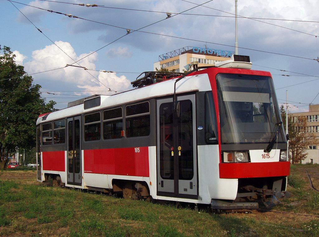 Fotogalerie » ČKD DS T3R 1615 | Brno | vozovna Medlánky