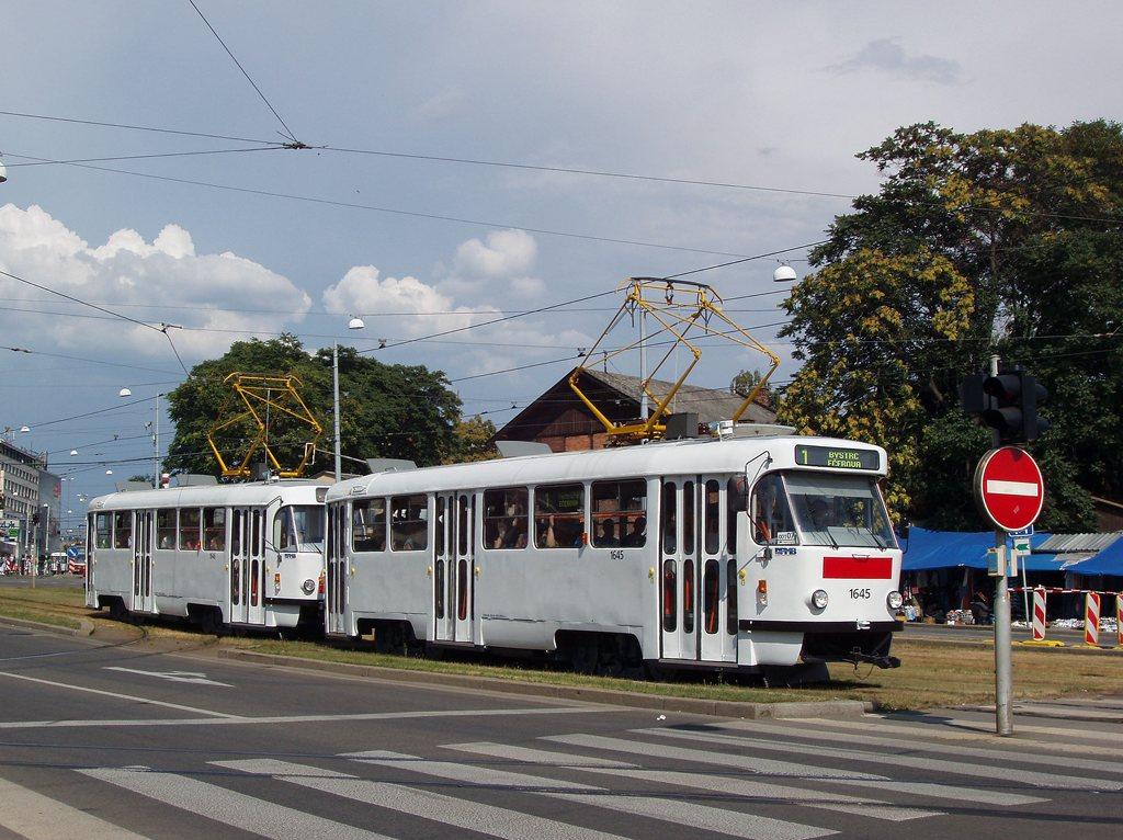 Fotogalerie » ČKD Tatra T3G 1645 | ČKD Tatra T3G 1646 | Brno | střed | Nové sady