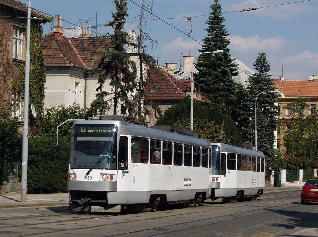 Fotogalerie » ČKD DS T3R 1659 | ČKD DS T3R 1660 | Brno | Veveří | Údolní | Všetičkova