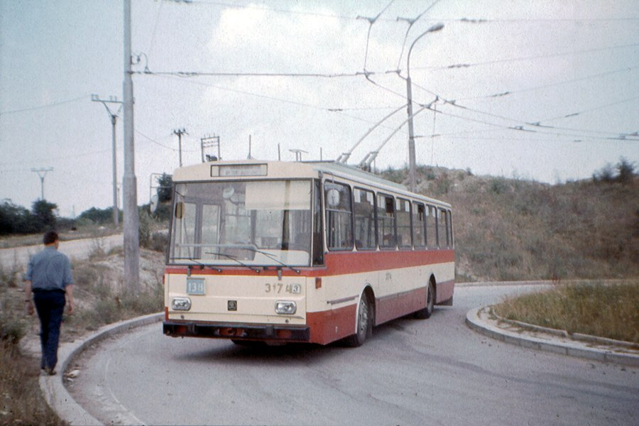 Fotogalerie » Škoda 14Tr01 3174 | Brno | Kamenný Vrch | Petra Křivky | Koniklecová