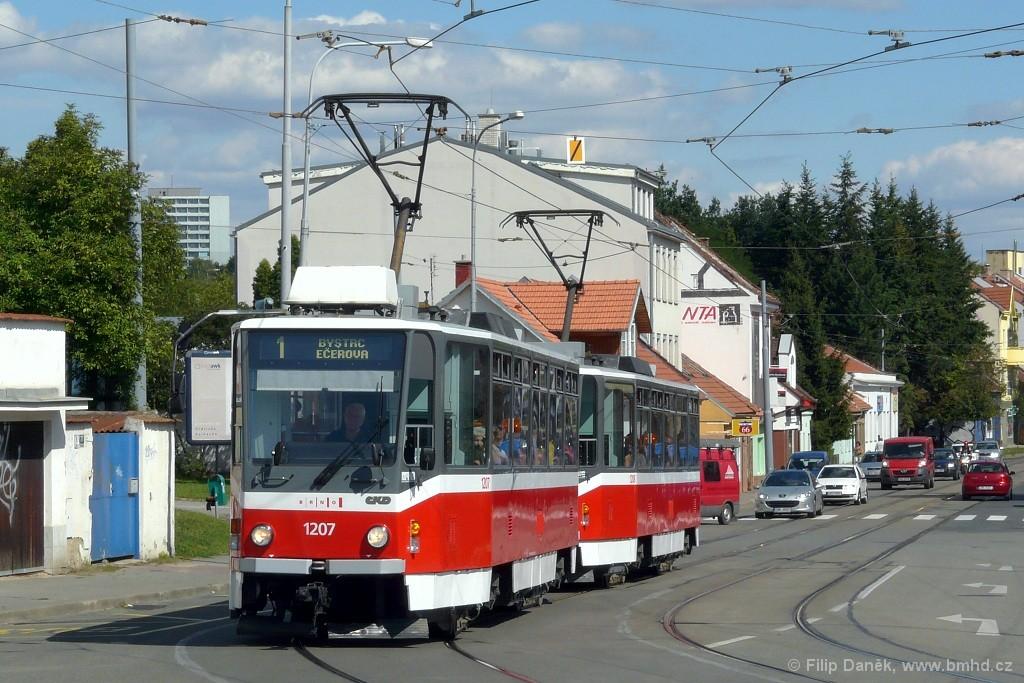 Fotogalerie » ČKD DS T6A5 1207   ČKD DS T6A5 1208   Brno   Žabovřesky   Rosického náměstí